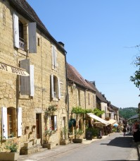 © Sunny French Property - Artisans's shops in Domme centre