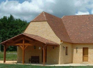 New build home - Example of outside wooden framed shelter